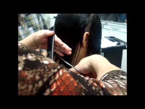 Corte Chanel Moderno de Bico (Frente Alongada)-Zélia Cabeleireira
