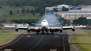 Video Qantas 747-400 VH-OJA Wollongong Arrival MP3, 3GP, MP4, WEBM, AVI, FLV Juni 2018