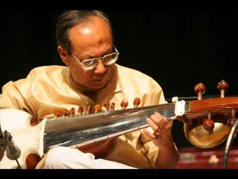 Bhairavi - Shankar Bhattacharyya, (Sarode), disciple of Ustad Ali Akbar Khan, with Gourisankar on the tabla. Recorded in Austin, TX, on June 28, 2008.