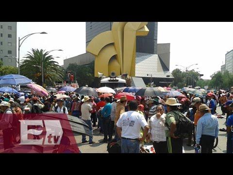 CNTE marcha de Reforma hacia Los Pinos
