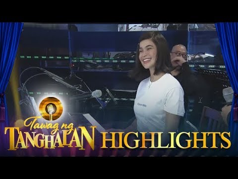 Tawag ng Tanghalan: Anne plays the Piano