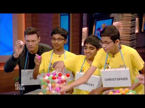"""""""Spelling Bee-Ball"""" with the National Spelling Bee Champs"""