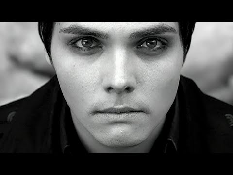 My Chemical Romance - I Dont Love You [Official Music Video] 1