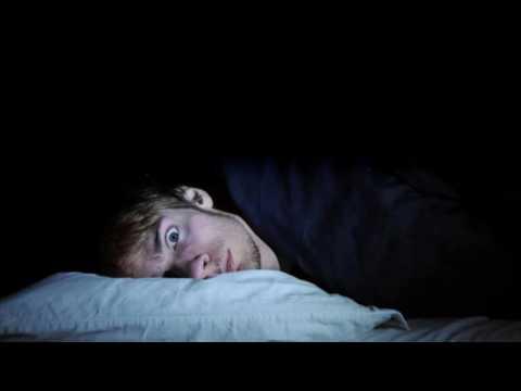 я сплю с открытыми глазами что делать