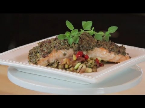 Video Recipe: How to Make a Healthy Mediterranean Roasted Salmon