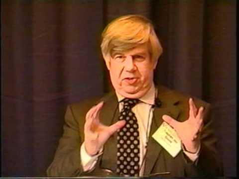 stephen jay gould essays natural history I never met stephen jay gould, though i did attend a lecture he gave two years ago love him or hate him, stephen jay gould made a difference in a forthcoming analysis of gould's 300 natural history essays in the journal social studies of science, michael shermer, publisher of skeptic magazine,.