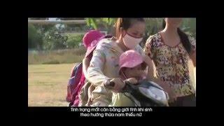 """Nhân ngày Quốc tế phụ nữ 8/3, Bà Astrid Bant, Trưởng đại diện UNFPA tại Việt Nam đã chia sẻ với """"Sharing Viet Nam"""" về vấn đề mất cân bằng giới tính khi sinh tại Việt Nam, cũng như nguyên nhân và hậu quả của vấn đề này đối với cuộc sống. Nội dung buổi tọa đàm đã được phát sóng trên kênh VTC10 ngày 11/3/2016.On the occasion of the International Women's Day, Ms. Astrid Bant, UNFPA Representative in Viet Nam had a talk on """"Sharing Viet Nam"""" about the imbalanced Sex Ratio at Birth in Viet Nam, as well as the reasons and consequences of this issue. The talk was broadcast on VTC10 on 11 March 2016."""