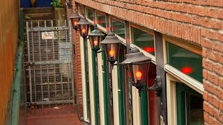 Amsterdam Netherlands  city photos : Amsterdam, Netherlands: Coffeeshops and Red Light District