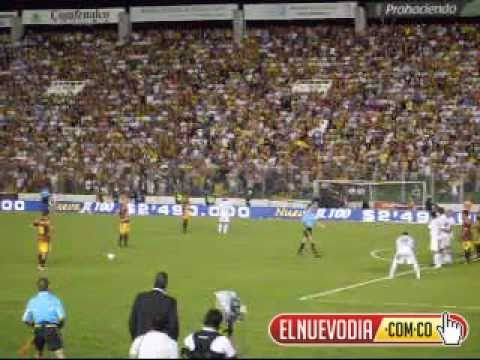 Afición en el estadio Manuel Murillo Toro