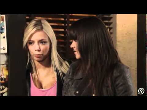 Sophie & Sian (Coronation Street) - November 11 2010 - Preview