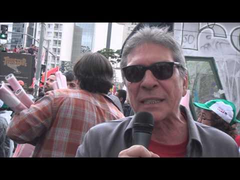 ATO EM DEFESA DA DEMOCRACIA REÚNE 100 MIL EM SÃO PAULO