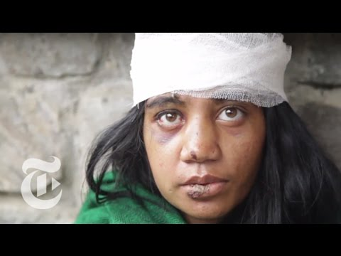 Nepal Earthquake 2015: Searching for Survivors Outside Katmandu | The New York Times