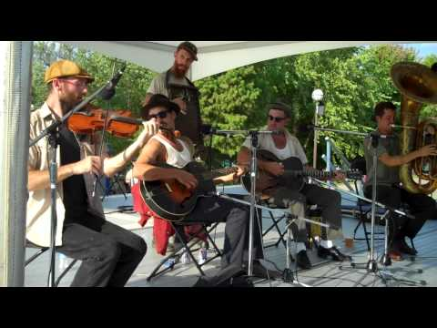 The Drunken Catfish Ramblers - Ring That Thing (Recorded Live @ the National Jug Band Jubilee)