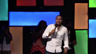 Todd Dulaney Flows in Worship