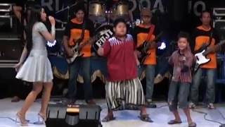 04. Selimut Tetangga - Widya Santika - PALAPA Live Malang
