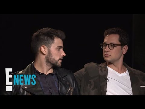 "Jack Falahee & Matt Mcgorry Describe ""htgawm"" In Emojis 