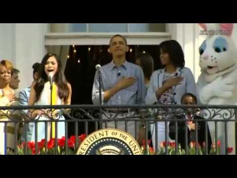 jessica - Jessica Sanchez sings the National Anthem standing alongside the President and the First Family during the Easter Egg Roll at the White House. [04.01.2013] P...
