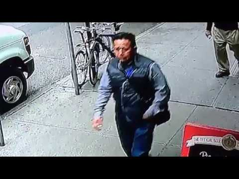 Guy casually steals bucket containing $1.6 Million worth of gold from armored car during broad daylight in New York