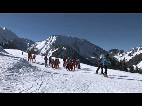 Sur les pistes de ski du domaine skiable du Roc d'Enfer