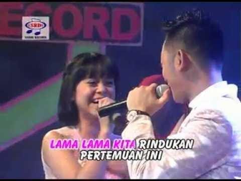 Video Lesti feat Irwan - Satu Hati (Official Music Video) download in MP3, 3GP, MP4, WEBM, AVI, FLV January 2017