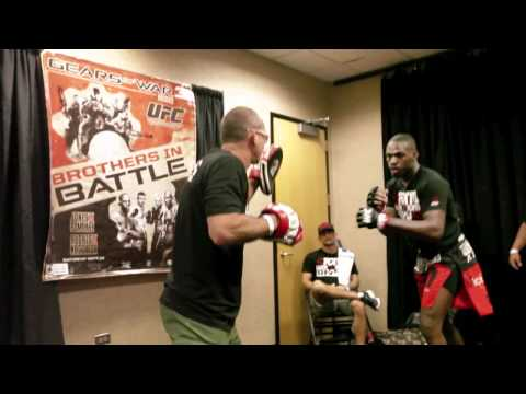 mixed martial arts videos mma blog featured  DANA WHITE VIDEO BLOG: UFC 136 photo