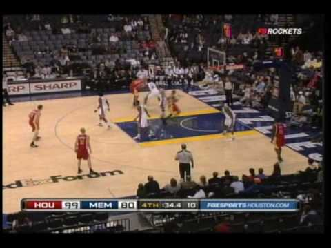 Brian Cook (yes, Brian Cook) dunks