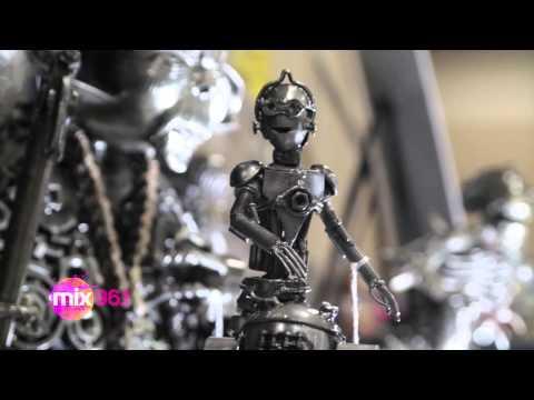 (WATCH) Wizard World 2014: Metal Art X