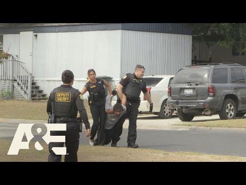 Live PD: Bank Robbers Car Chase (Season 3)   A&E