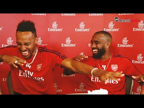 Bad Initiation Songs, Leno And Aubameyang's Arm Wrestle, Plus Bathroom Selfies?! | The Emirates Chat