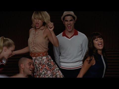 GLEE - Last Friday Night (Full Performance) HD (видео)