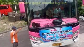 Video Bus Efisiensi putar balik di gang sempit, Menegangkan!! | Efisiensi Bus spinning on small street MP3, 3GP, MP4, WEBM, AVI, FLV Mei 2019