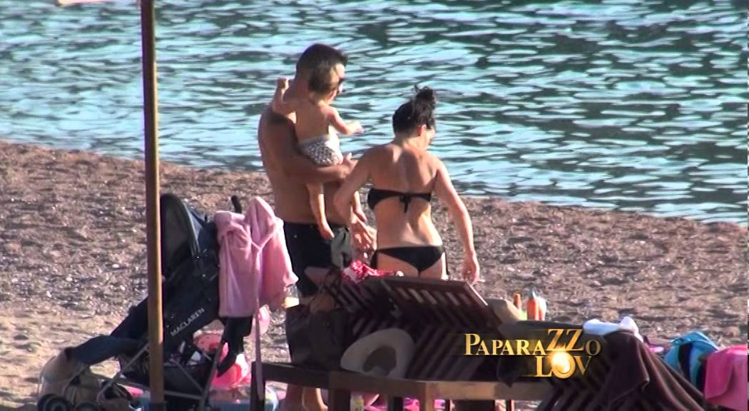Paparazzo Lov: Darko sa ženom i bebom na plaži