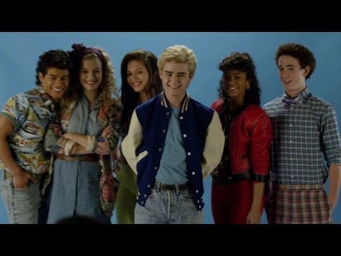 The 'Saved by the Bell' Kids Hate Each Other in First Clip from Unauthorized Lifetime Film