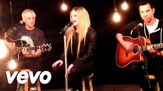 Video Avril Lavigne - Here's To Never Growing Up (Acoustic Version) MP3, 3GP, MP4, WEBM, AVI, FLV Agustus 2018
