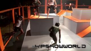 Drużynowe MMA z przeszkodami w klatce – mają rozmach skubani!