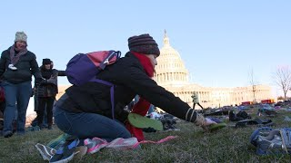 מה סוד 7000 זוגות הנעליים שהונחו על גבעת הקפיטול בוושינגטון ?