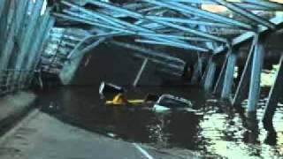 Video Runtuhnya Jembatan Kutai Kartanegara (THE LAMARDI).MP4 MP3, 3GP, MP4, WEBM, AVI, FLV Maret 2019