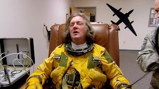 Video James May's Space Suit Freak-Out | James May: At The Edge Of Space | Brit Lab MP3, 3GP, MP4, WEBM, AVI, FLV Mei 2019