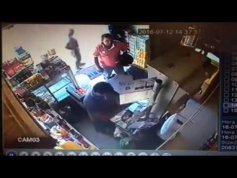 Camocim Policia 24h: dupla armada assalta mercadinho em Camocim
