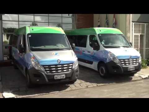 Prefeito entrega vans ao Capsi Dr. Luiz da Rocha Cerqueira
