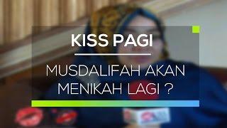 Informasi berita selebriti pada Kiss Pagi kali ini, setelah setahun lebih bercerai dari Nassar, akhirnya Musdalifah memutuskan akan menikah lagi. Musdalifah ...