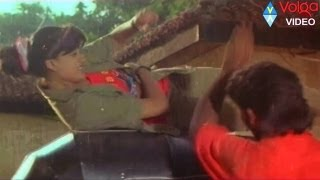 vijayashanthi ..action.. fight..| Rowdy Inspector| Balakrishna, Vijayashanti