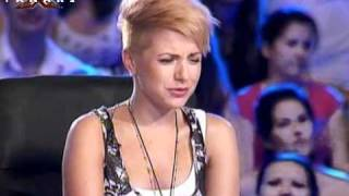 Bulgarian talent singing Hurts - stay