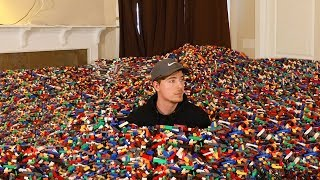 Video I Put 10 Million Legos in Friend's House MP3, 3GP, MP4, WEBM, AVI, FLV Februari 2019