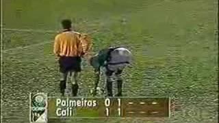 Esse título tão esperado, só poderia vir assim, com muita emoção. Somos campeões da Libertadores da América.