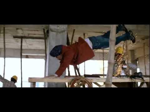 Video Aadhavan Stunt Scene by