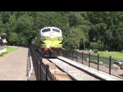 Stone Mountain Scenic Railroad at Stone Mountain (видео)
