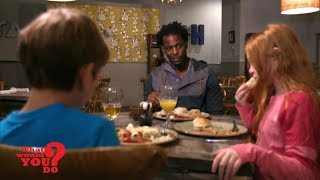 Video A white woman thinks a black male babysitter is suspicious   WWYD MP3, 3GP, MP4, WEBM, AVI, FLV September 2019