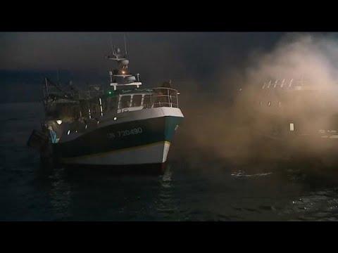 Μάγχη: Πέφτουν οι τόνοι μετά τη «ναυμαχία»
