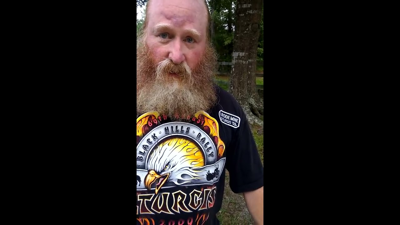 Walmart makes ISIS cake, refused Confederate flag cake.